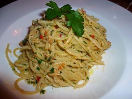 Dorset crab, chilli, parsley and lemon spaghettini