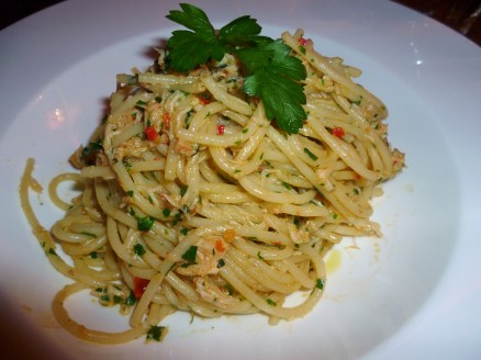 Dorset crab, chilli, parsley and lemon spaghettini